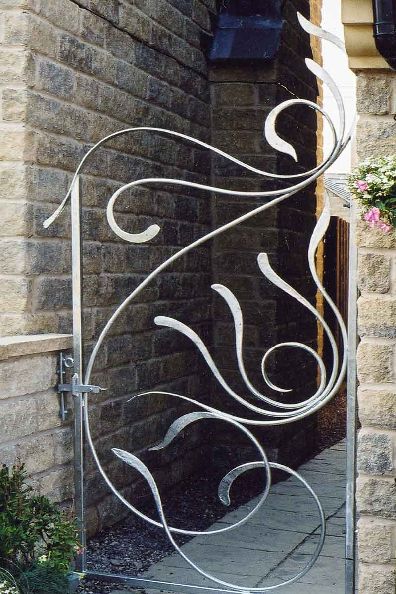 Contemporary Galvanised Gates Inspired by the Sea