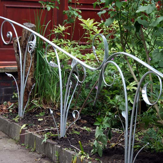 Sculptural Garden Railings Inspired by Natural Forms
